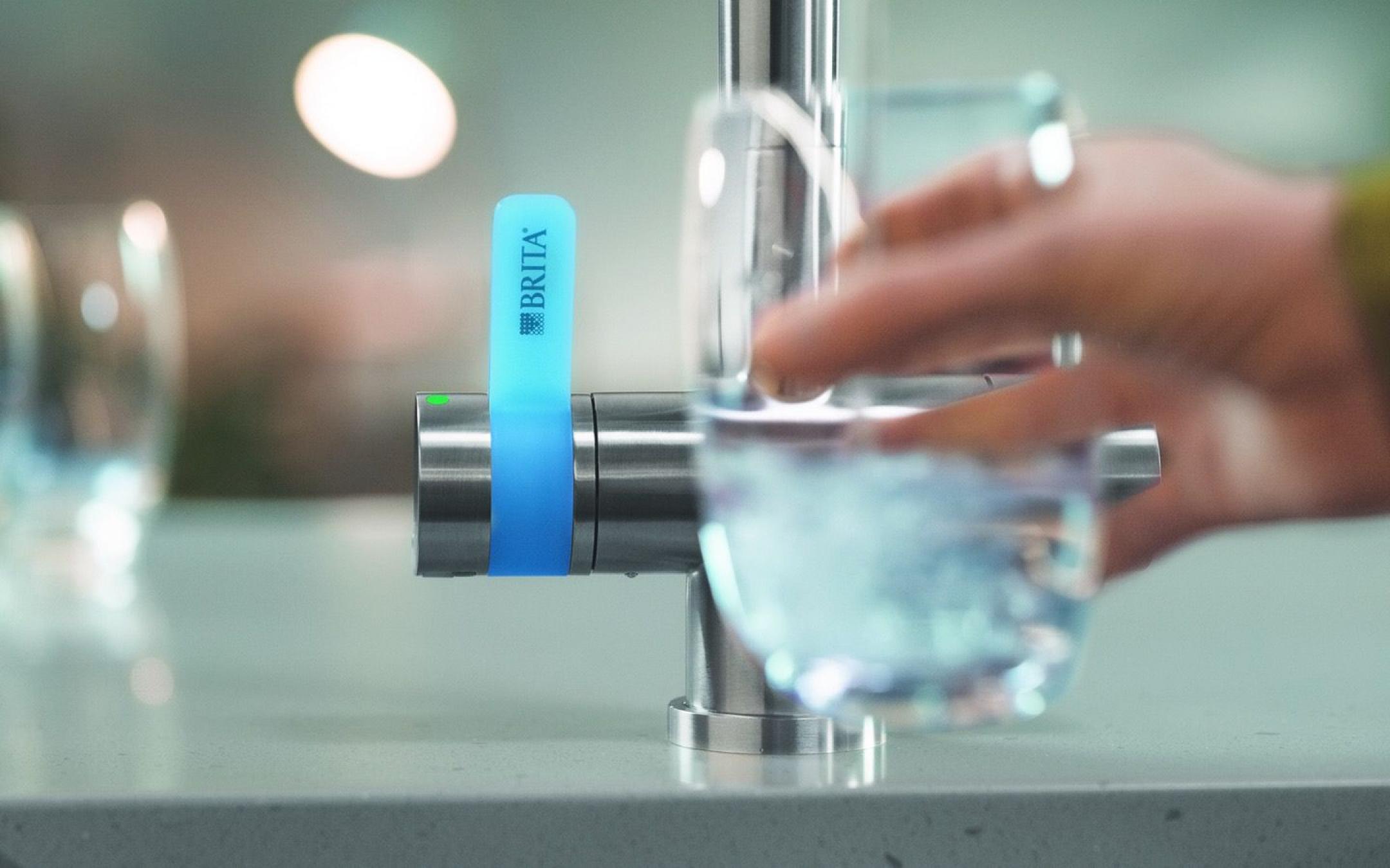 Grifo de filtro de agua de 3 vías de BRITA