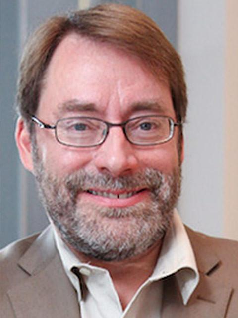 Martin Charter 教授