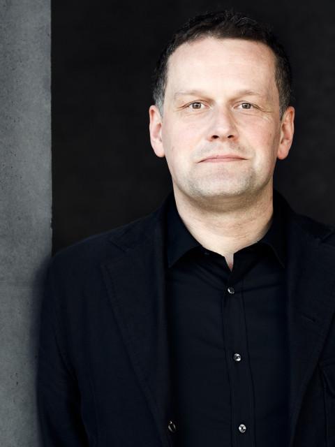 Tim Oelker